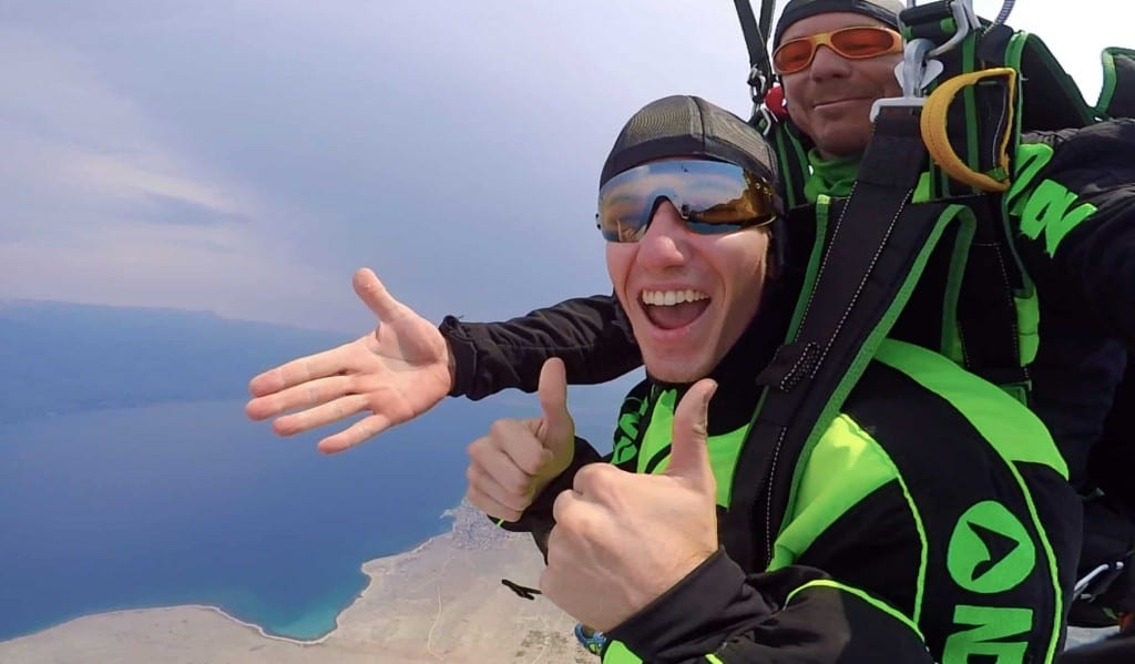 hilarious skydiving reaction