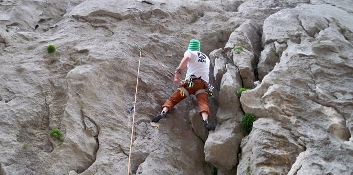 Climbing top rope