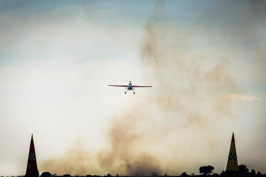 Aerobatic flight in Extra 300 Croatia