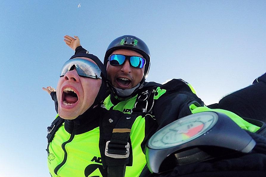 tandem skydiving jump in Zadar